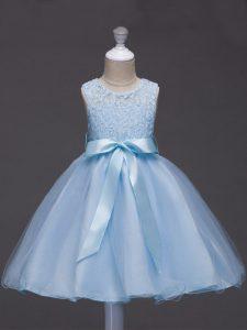 Custom Design Light Blue Ball Gowns Tulle Scoop Sleeveless Lace and Belt Knee Length Zipper Girls Pageant Dresses