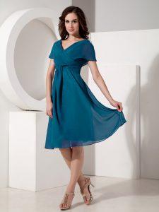 Top Selling Teal Short Sleeves Ruching Knee Length Mother Dresses