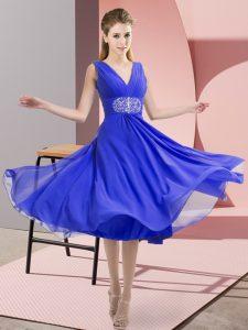 Attractive V-neck Sleeveless Bridesmaid Gown Knee Length Beading Blue Chiffon