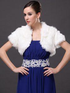 Faux Fur V-Neck Fashionable Wedding Short Sleeves Prom Jacket White