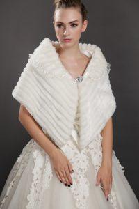 Luxurious Button Faux Fur Fold-over Collar Wrap / Shawl