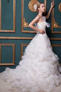 Pretty Wedding Reception Dress in Organza with Ruche and Chapel Train