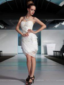 White Side Zipper Sweetheart Beading and Ruching Prom Dresses Chiffon Sleeveless
