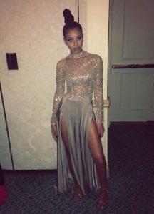 Popular Scoop Long Sleeves Zipper Floor Length Beading Prom Gown