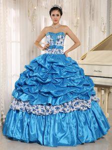 Lovely Ball Gown Sweetheart Beaded Taffeta Sweet 16 Dress in Aqua Blue