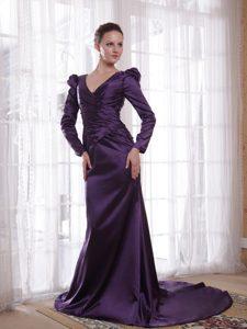 Popular V-neck Mothers of The Groom Dresses in Taffeta in Dark Purple