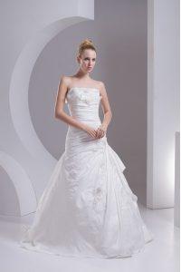 High Class Strapless Sleeveless Taffeta Wedding Dress Hand Made Flower Brush Train Side Zipper